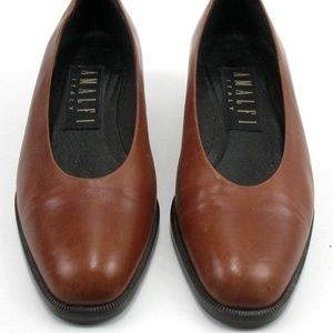 Amalfi Italy - Shoes - Size 5 B - Brown Pumps